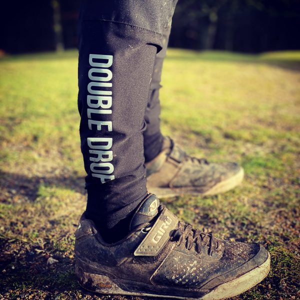 Double Drop Raid MTB Pants - Ankle Closeup